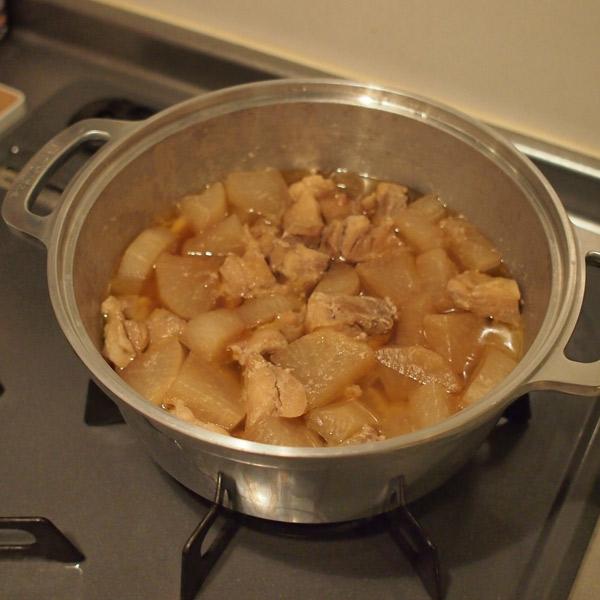 【夏の知恵袋】無水鍋で加熱時間20分のしみしみ鶏大根