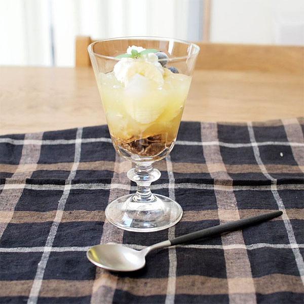 デザートにも使って欲しいワイングラスです