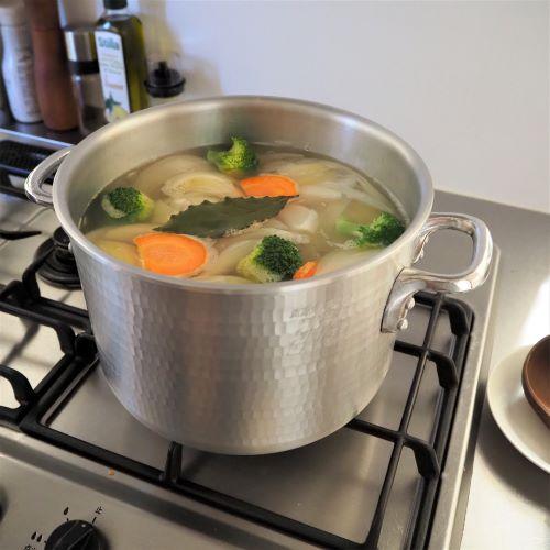おうち料理のお助け鍋!アルミの半寸胴鍋